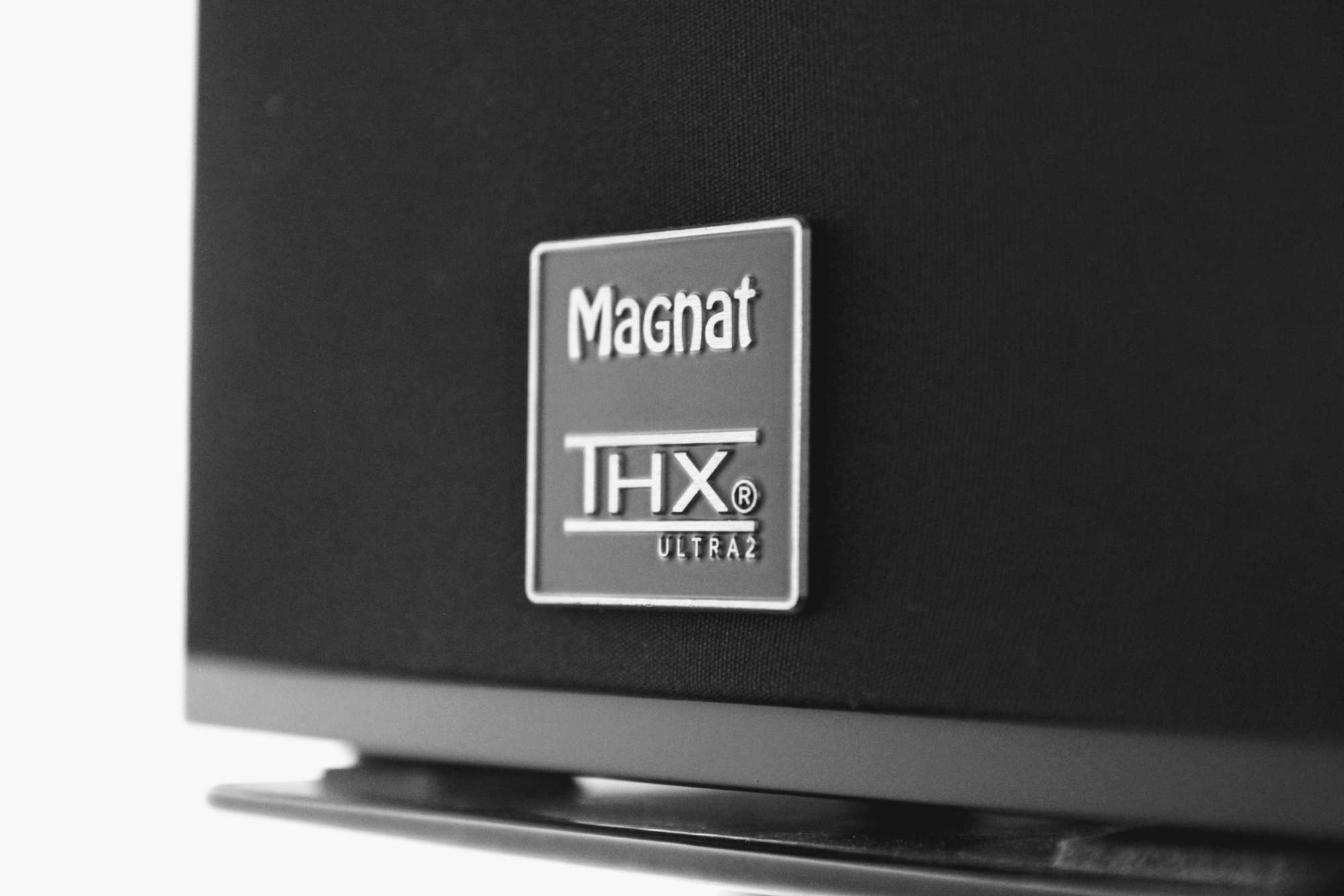 Review Magnat Cinema Ultra Thx 5 2 4 Son Vid O Com Blog # Les Table Pour Television Nouveaute