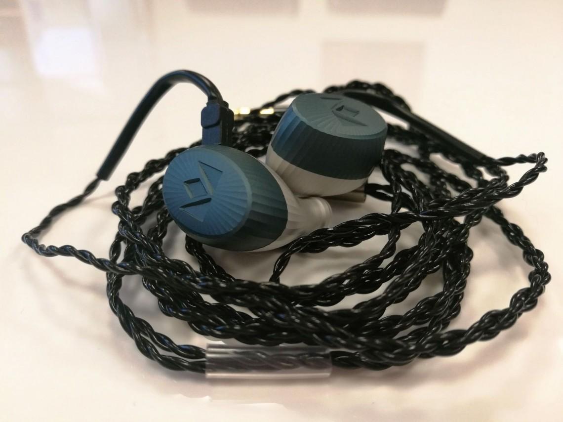 Les intra-auriculaires haut de gamme Noble Audio Kaiser Encore.