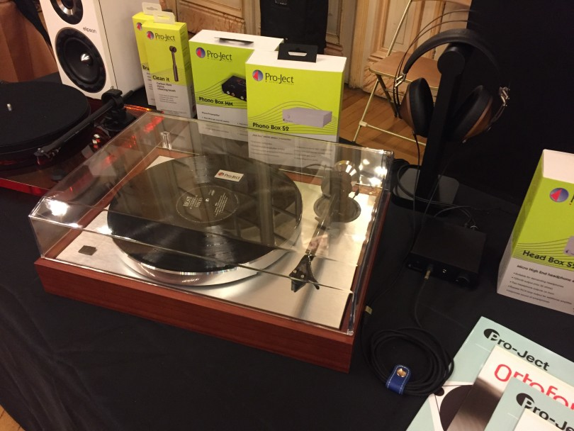 Pro-Ject The Classic Rosewood