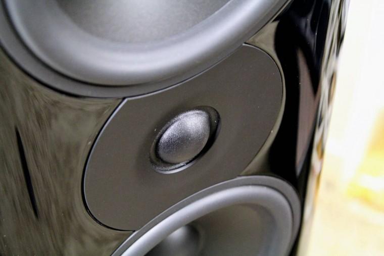 test-q-acoustics-concept-500-03